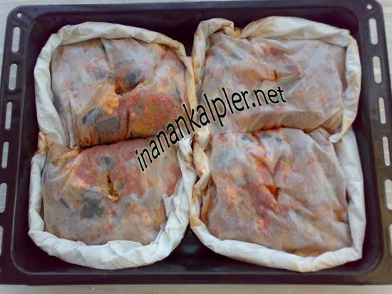 Patlıcanlı Tavuklu Kağıt Kebabı