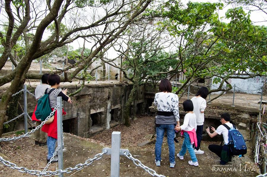 砲台山的堡壘遺址(當年沒有鐵欄)