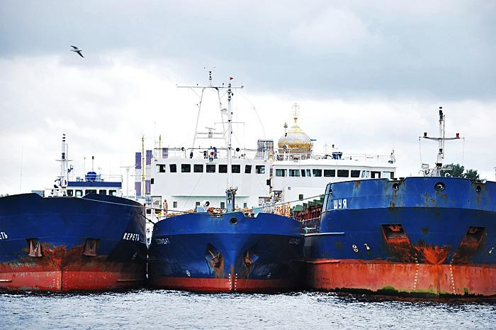 FerryHelsinki02.JPG