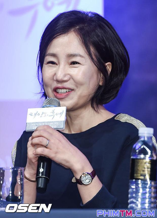 Top 5 cái kết phim truyền hình Hàn Quốc như tát vào mặt khán giả - Ảnh 4.