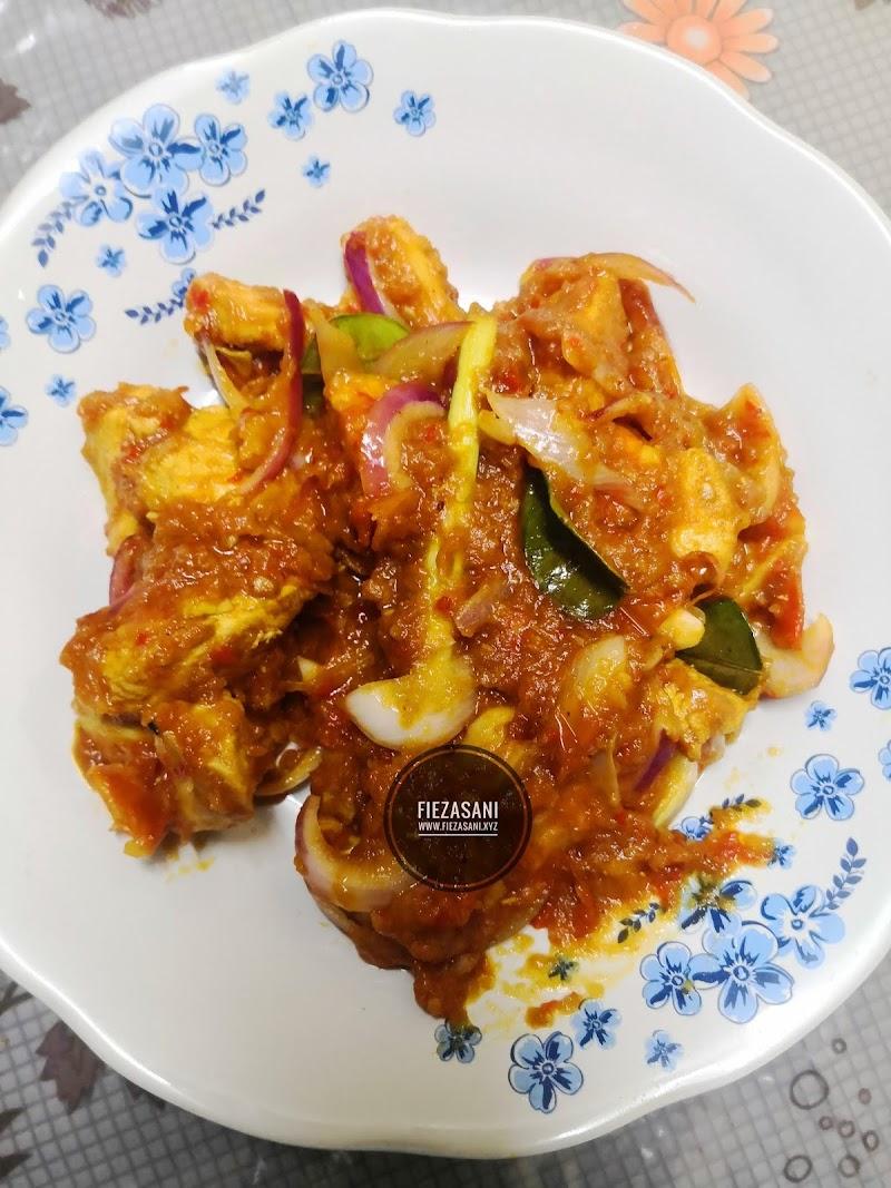 Dapur FiezaSani - Sambal Ayam Cili Padi Tom Yam