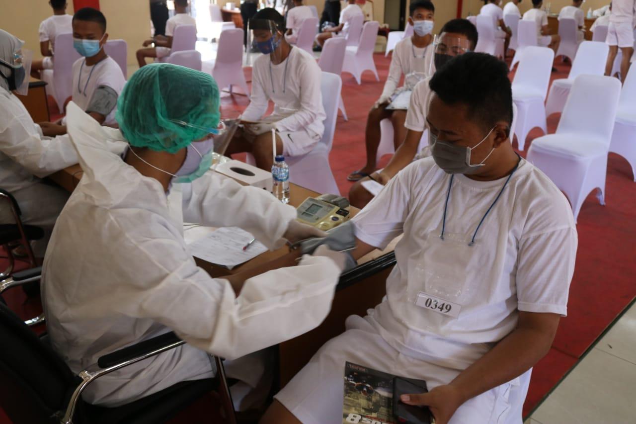 Supervisi bersama Asistensi Biro SDM dan Biddokes Polda Jabar Menggelar Binlat Di Polres Majalengka