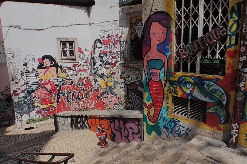 Miradouro Graffiti Fado (Lisbon, Portugal)