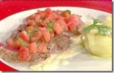 Entrecȏte al sale con insalatina mista