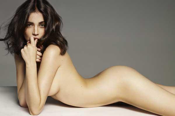 Ana de Armas, desnuda