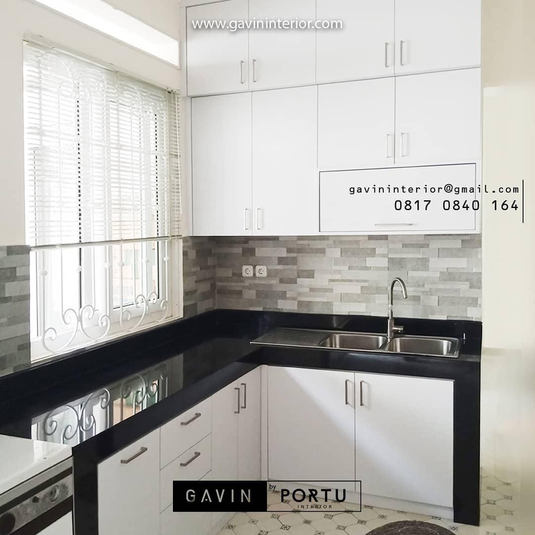 dapur minimalis lemari warna putih