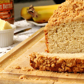 Banana Bread with Peanut Butter Streusel