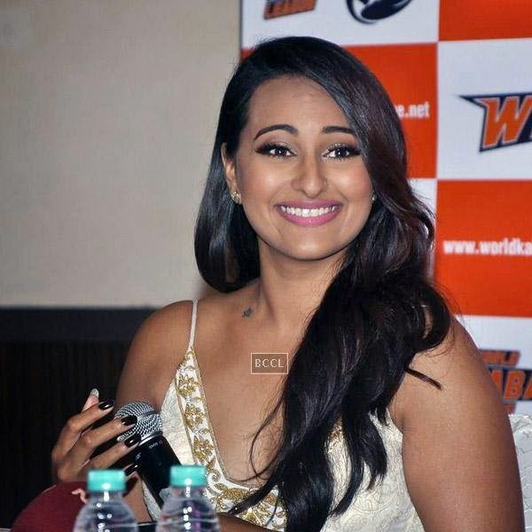 Sonakshi Sinha is all smiles during a press meet to announce her association with World Kabaddi League (WKL), held at hotel Novotel, on July 16, 2014.(Pic: Viral Bhayani)