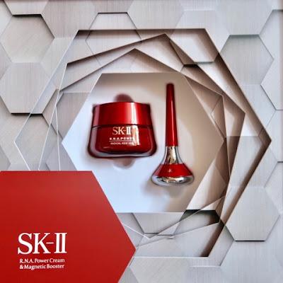 [有片] 拆解雞彈肌的秘密 ❤ SK-II R.N.A.POWER小臉霜 × 智慧小紅棒 ... ... ...