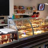 1. kép: Boldizsár Cukrászda - Tesco - Sütemények minden mennyiségben