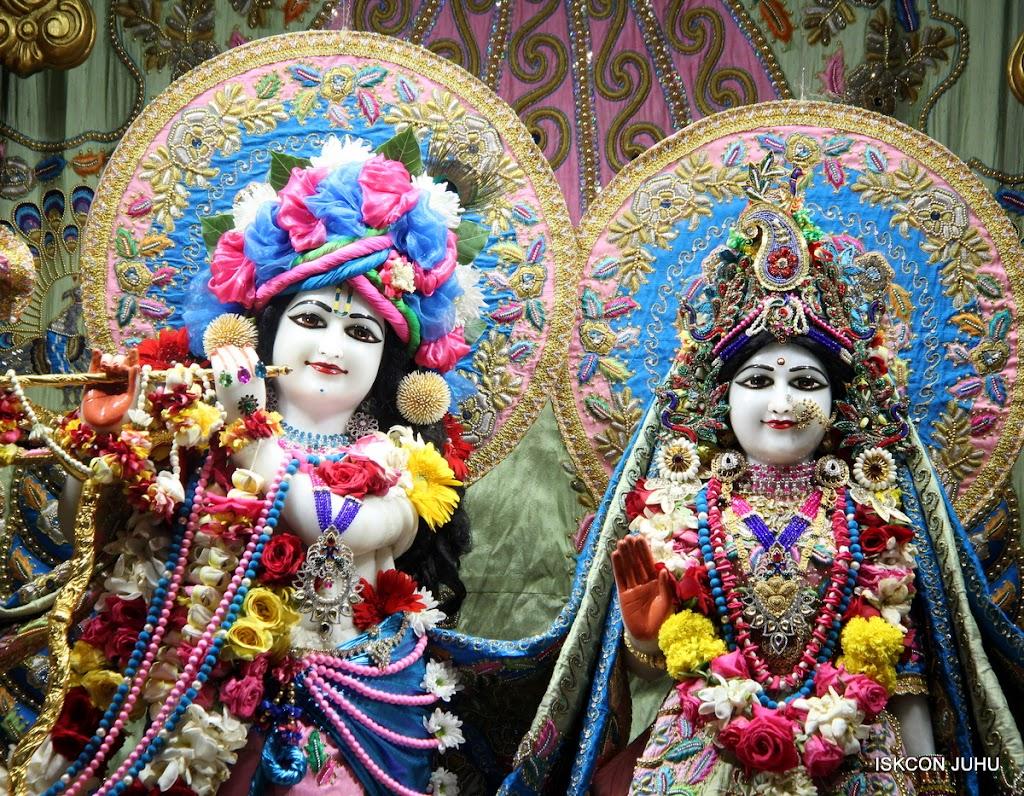 ISKCON Juhu Sringar Deity Darshan 10 Apr 16 (9)