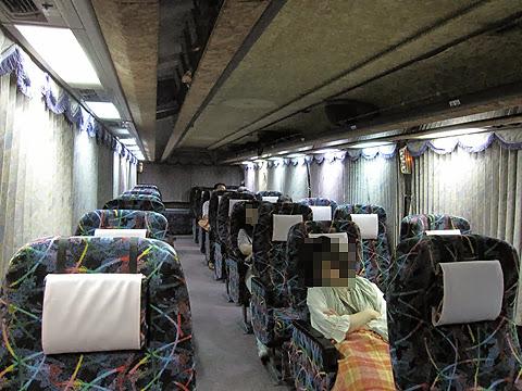 富士セービングバス「旅の散策」名古屋便 車内