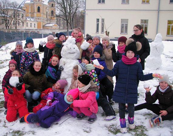 sniego senis-šokėjas.jpg