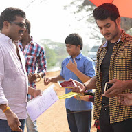 Chuttalabbayi Movie Working Stills