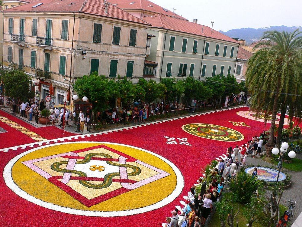 infiorata-festival-Italia-21