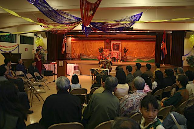Sakya Dagchen Rinpoche