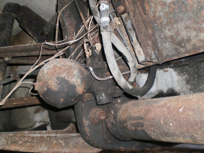 HY de ORTF à suspension hydropneumatique P7020098