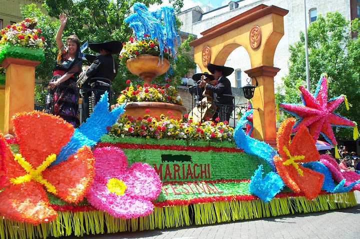 San Antonio Fiesta float with Mariachi