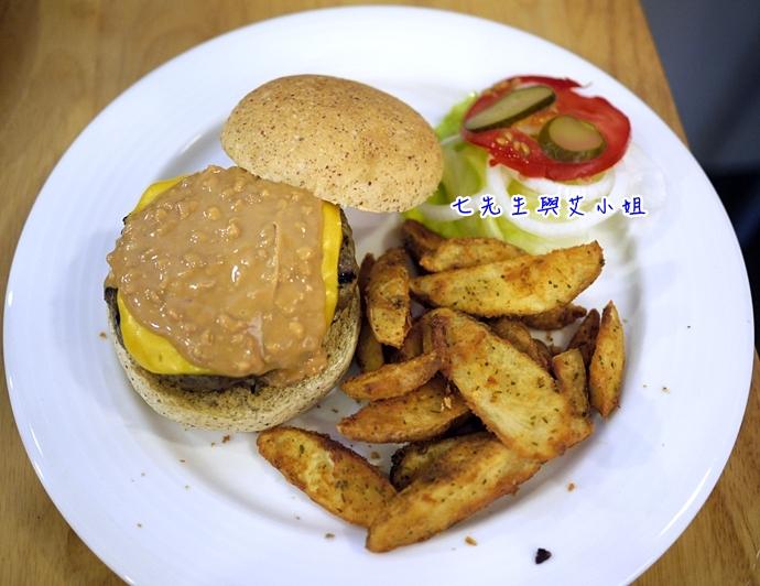 12 松山文創園區 PHAT Burger