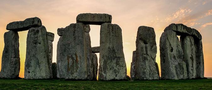O poder fascinante dos dolmens, obeliscos e menires antigos espalhados por todo o planeta 00