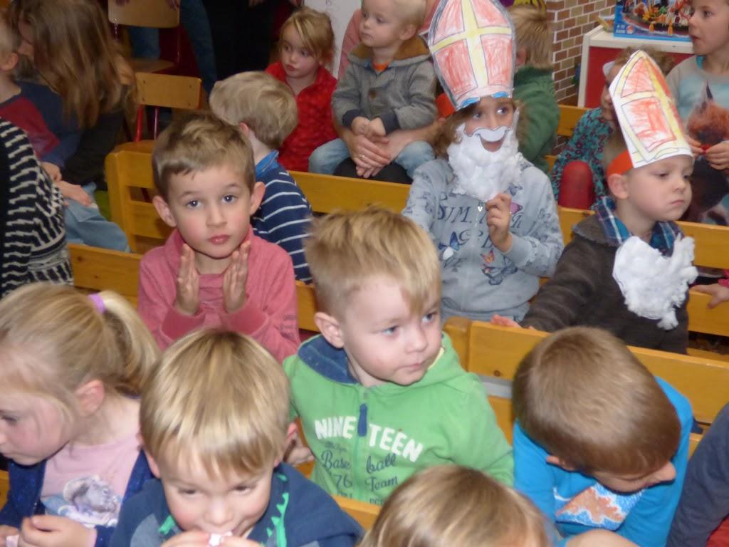 Sinterklaas op bezoek - P1060529.JPG
