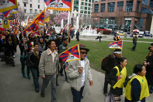 Global Protest in Vancouver BC/photo by Crazy Yak - IMG_0128.JPG