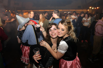 TerBroekse Feestavond  Tiroler feest Barst Los      31--10--2015