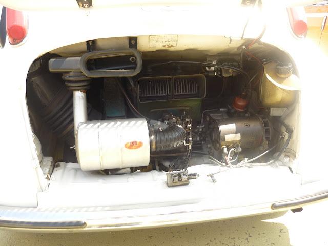 スバル360のリアエンジン