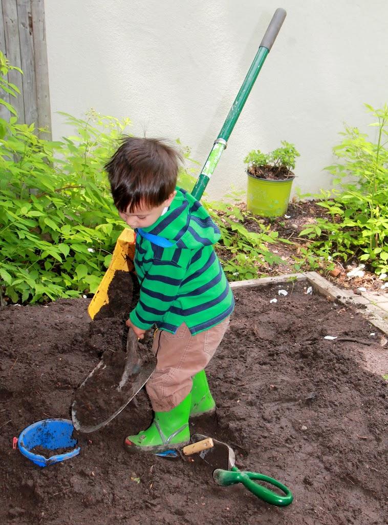 Ryan is an expert digger