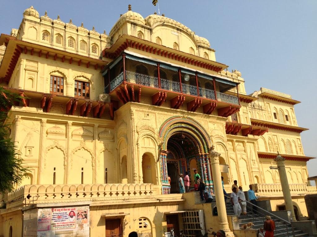 Kanaka Bhavan, Shri Ram Darbar, Ayodhya - Sri Ramanin Padhayil