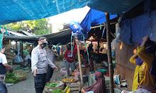 Polres LOTARA Imbau Pengunjung Pasar Untuk Tetap Laksanakan Prokes