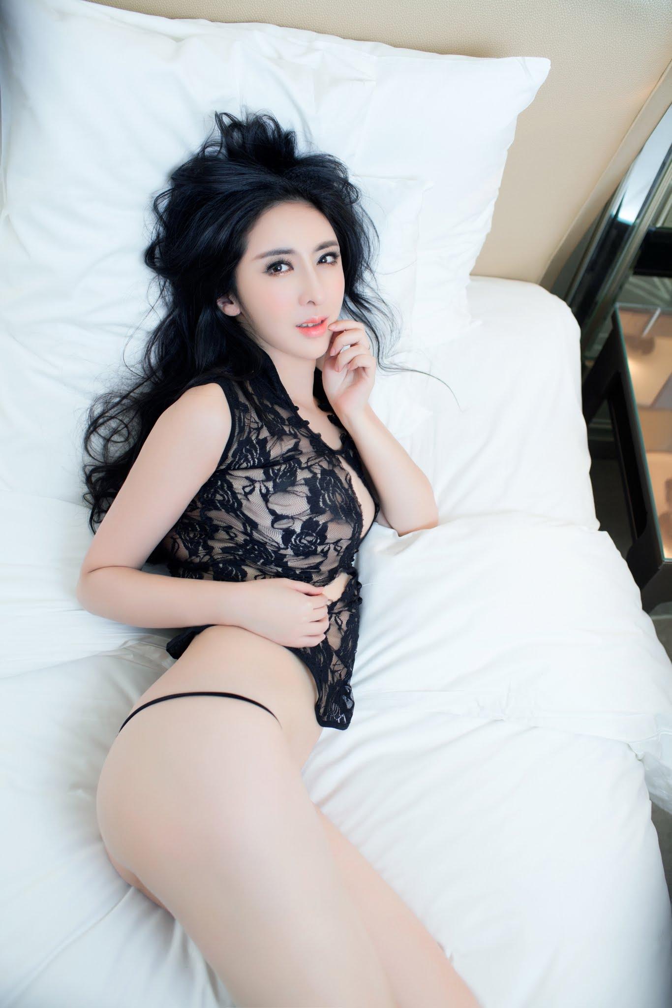 Sexy girl on skype - 4 6