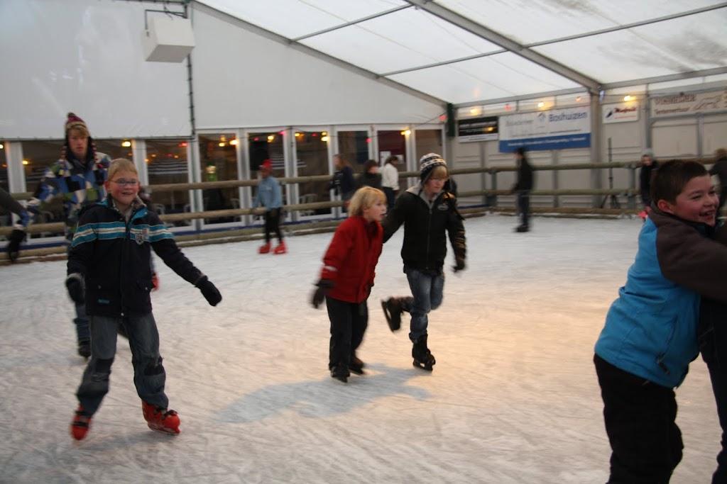 Sinterklaas bij de schaatsbaan - IMG_0318.JPG