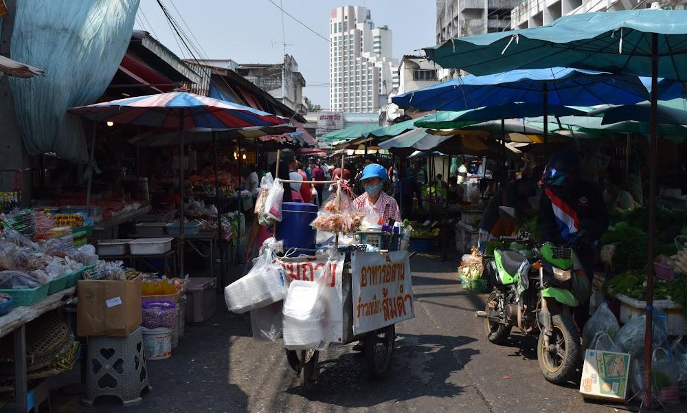 market scenes in KK