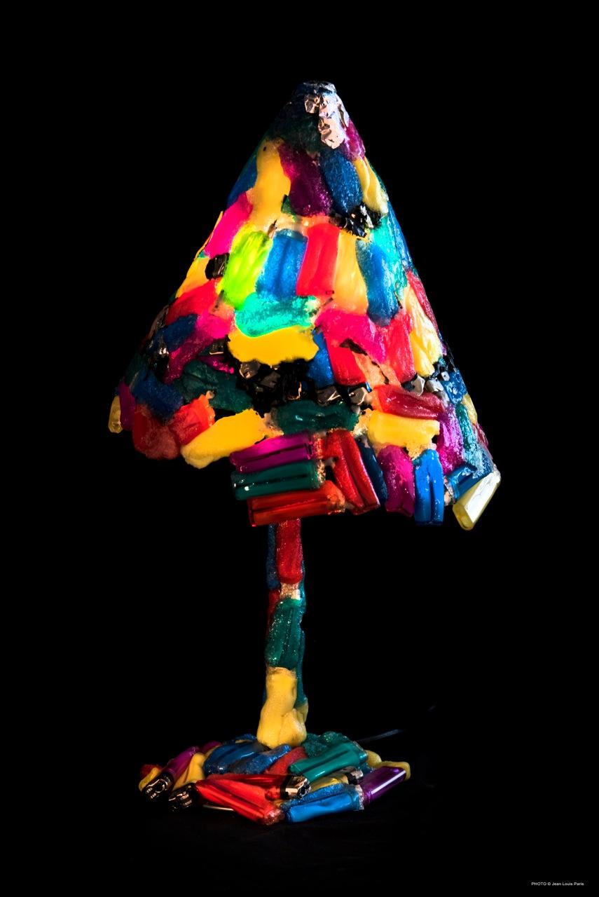 lampes upcycling sculpteur designer. Black Bedroom Furniture Sets. Home Design Ideas