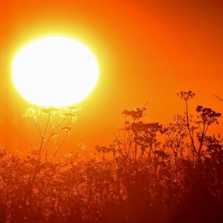 Νέο έκτακτο δελτίο της ΕΜΥ για τον καύσωνα : Επικίνδυνο καιρικό φαινόμενο με μεγάλη διάρκεια