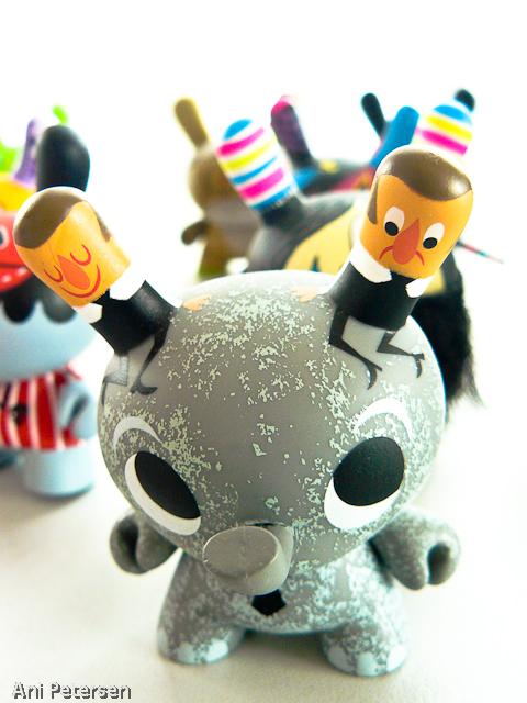 Fotos de Toy Art. Foto numero 5890581475624863318.
