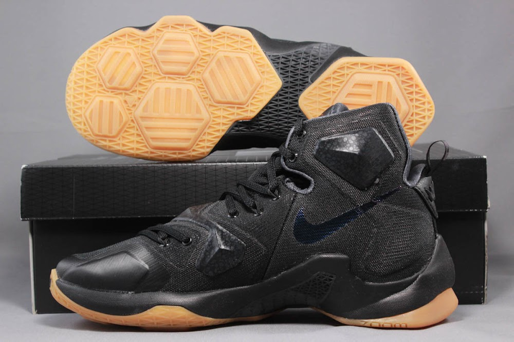 b7e8a5f964f ... italy black lion nike lebron 13 release thats ready for the new year  855b8 76af9