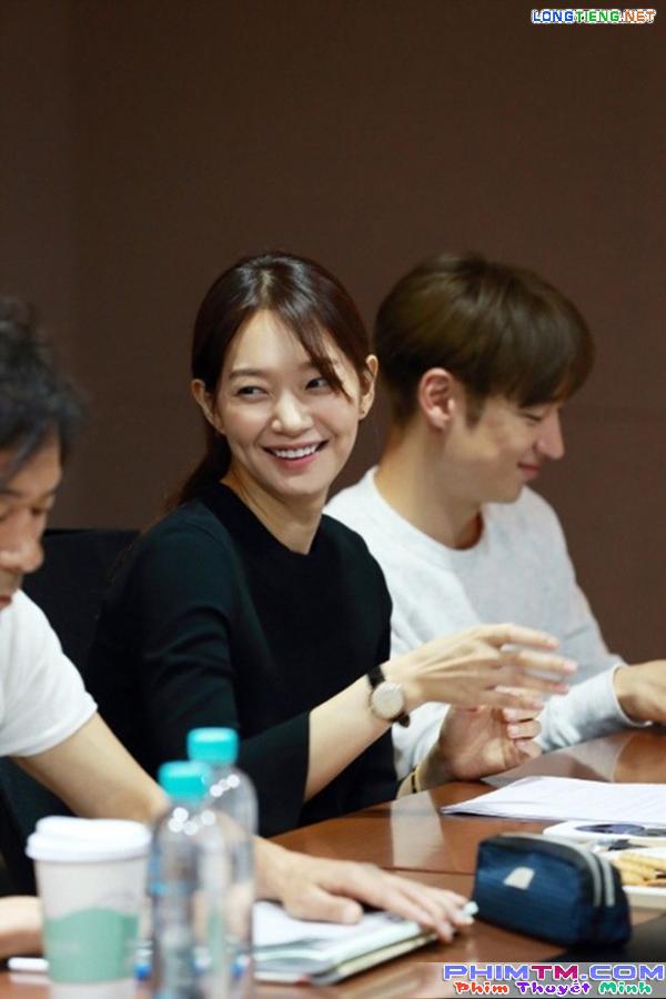 """Sau """"Train To Busan"""", Gong Yoo tấn công màn ảnh nhỏ cùng Kim Go Eun - Ảnh 14."""