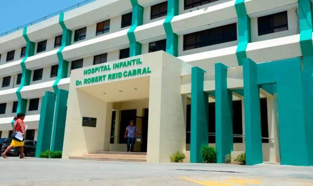 Hospital Robert Reid Cabral registra alta ocupación de niños con dengue