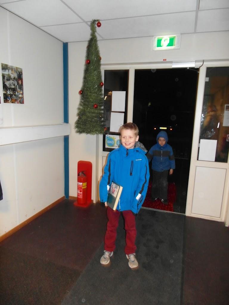 Bevers & Welpen - Kerst filmavond 2012 - SAM_1657.JPG