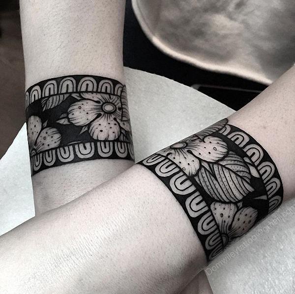estes_pesado_blackwork_pulseiras