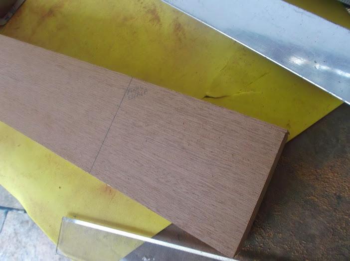 Construção inspirada Les Paul Custom, meu 1º projeto com braço colado (finalizado e com áudio) DSCF0520