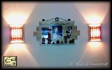 Painel com fotos e luminárias - 01