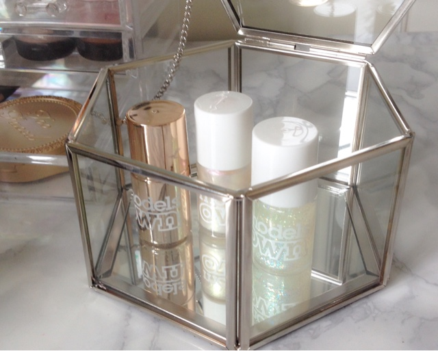 glass hexagonal box,