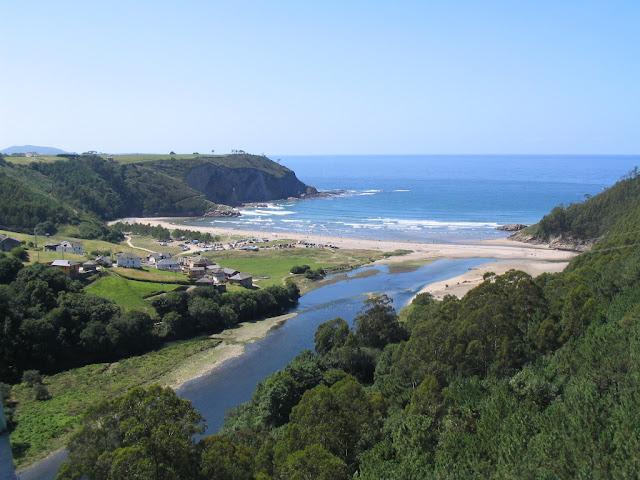 Mejores rincones de España. La Playa de Cueva en Asturias