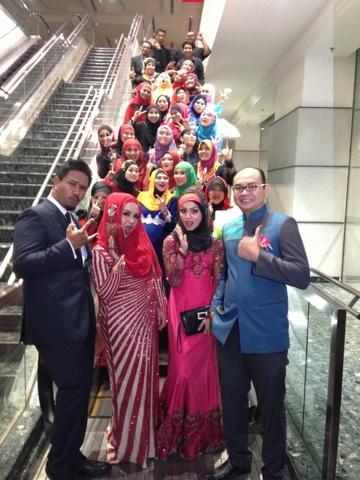Awesomazing Team and Hanis Haizi and Razali Zain at MIECC during Diamond Night Dinner