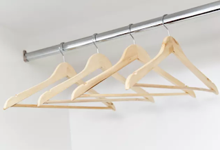 What Is the Proper Height for Closet Rods & Shelves?