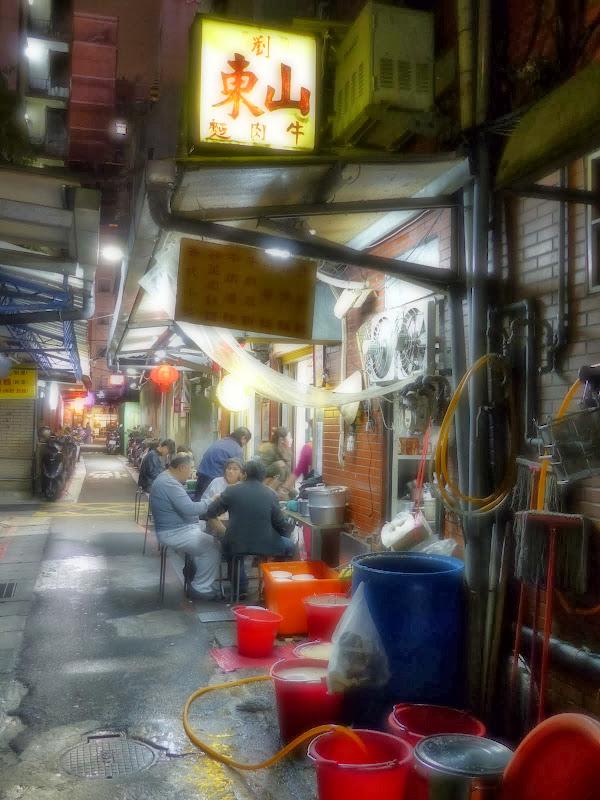 Taipei Zhong Shan Hall et Ximending - P1020782.JPG
