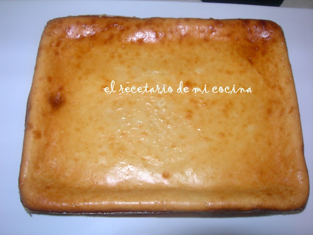 pastel de quesitos y yogurt griego